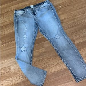 New without tags mudd distressed skinny jeans